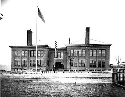 1892 Linden Day View